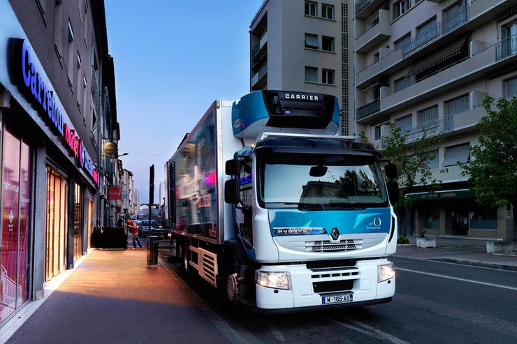 Alternative Antriebe von Renault Trucks,  Hybridantrieb Diesel Elektrisch Fahrbericht Clean Tech
