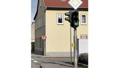 Autobahnkanzlei FF 8/2020, grüne Ampel, Tempo 30