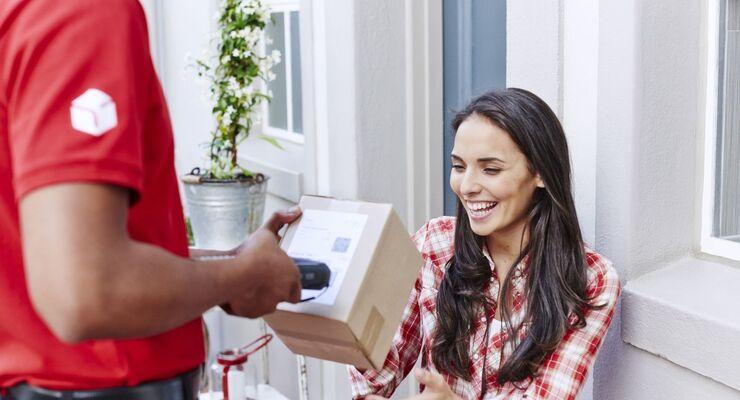 DPD, Zustellung, Pakete, Lieferung, Lieferbote, Haustüre