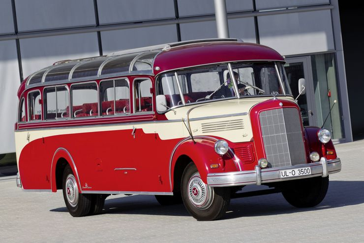 Daimler Buses auf der Retro Classics 2019