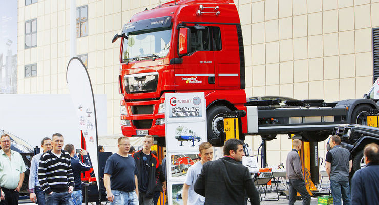 Die automechanika ist die Fachmesse für Werkstatteinrichtung, Werkzeuge und Dienstleistungen.