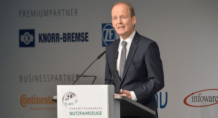 Eröffnung Dienstag, Wolfgang Linsenmaier