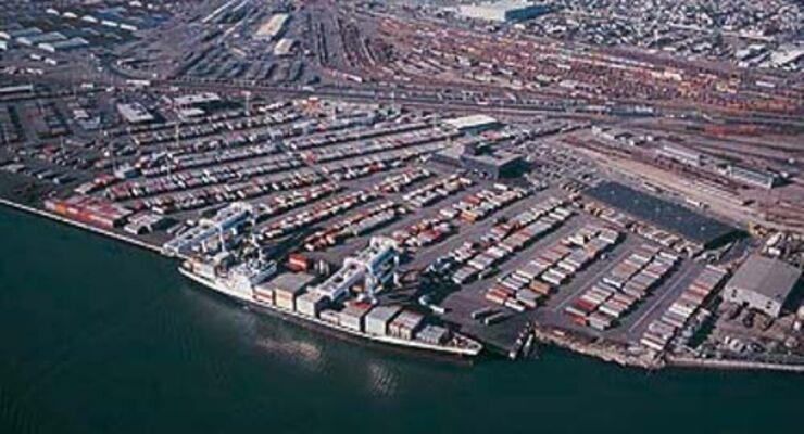 Hafenhinterland droht Verkehrskollaps