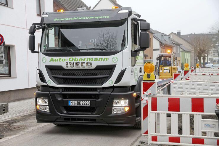 Iveco Stralis 330 E 6, Truckjob FF 7/2018, Erdgas, Baumaschinen, Tieflader.