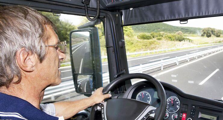 Lkw, Fahrer, Kabine, Auf Fahrt