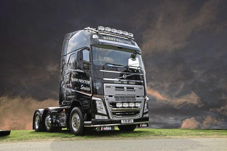 Marlen, Truck-Styling, Volvo, Lampenbügel