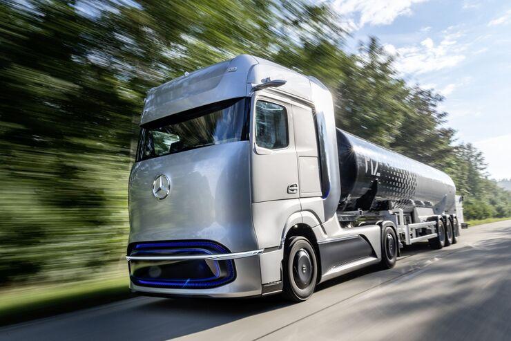 Mercedes-Benz GenH2 Truck und eActros LongHaul