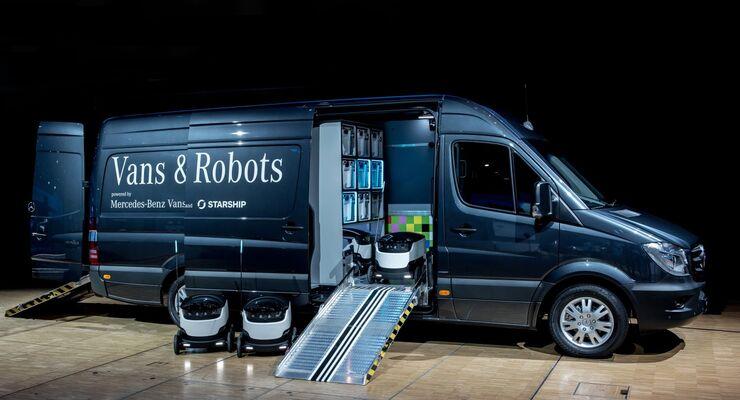Mercedes-Benz Vans arbeitet künftig mit Starship Technologies zusammen. Das Unternehmen aus Estland entwickelt selbstfahrende Lieferroboter.
