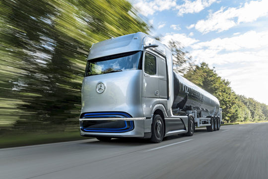 Mercedes GenH2 Truck Wasserstoff Brennstoffzelle Lkw 2020