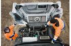 Mercedes Zetros, Motorraum