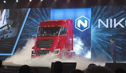 Nikola World Phoenix Arizona Brennstoffzellen-Lkw Fuel Cell Truck One Two Tre 2019