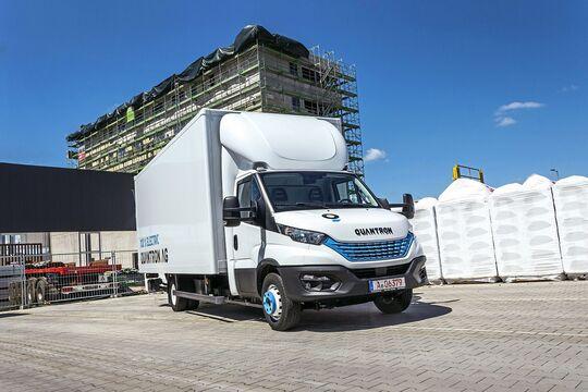 Quantron Iveco Daily Elektro-Transporter Hybrid-Transporter Plug-in-Hybrid PHEV 2020 Andreas Haller Nutzfahrzeuge Augsburg Gersthofen