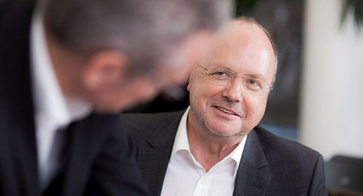 Rainer Hoppe, Apari Consulting