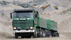 Scania R143HL 8x2 tipper
