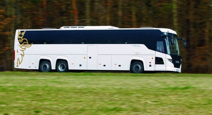 Scania Touring, weiss