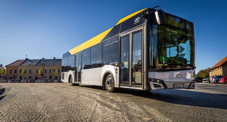 Solaris Urbino 12 LE lite hybrid und Urbino 12 electric auf der 8. Central European Bus & Public Transport Messe Czechbus in Prag