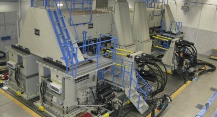 Testanlage simuliert Lebensdauer eines Lkw