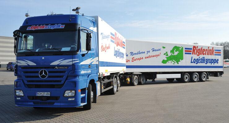 Thüringen: Riesen-Lkw darf weiterfahren