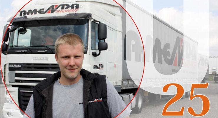 U25, Tobias Loose