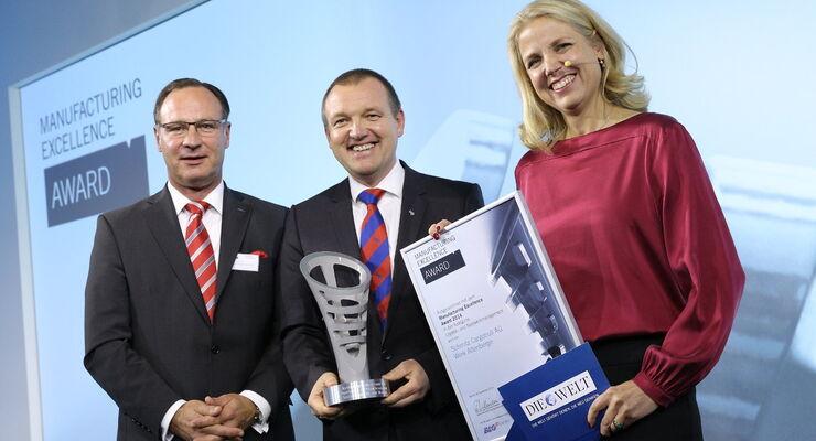 Übergabe des MX Award an Schmitz Cargobull