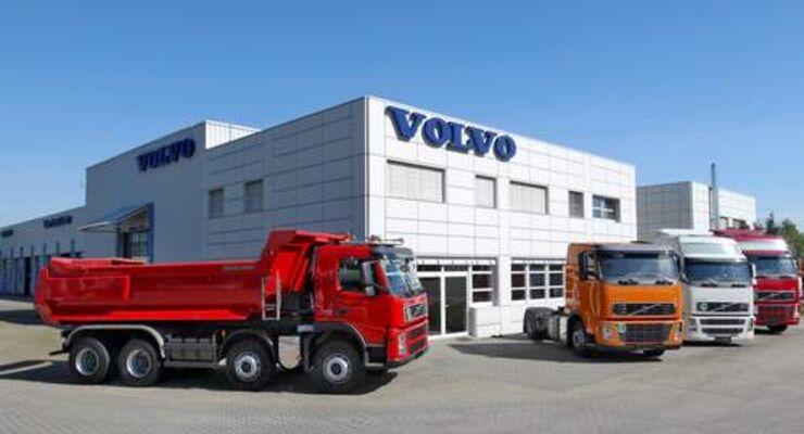 Volvo richtet zentrales Lkw-Gebrauchtfahrzeugzentrum ein