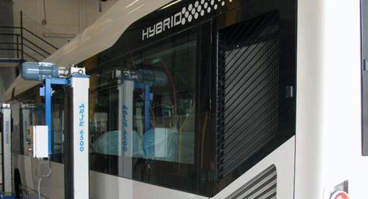 Vorausschauender Hybrid-Bus von Volvo
